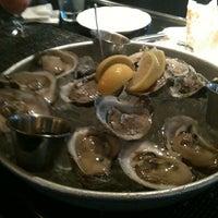 รูปภาพถ่ายที่ Pappadeaux Seafood Kitchen โดย Jihan K. เมื่อ 12/19/2012