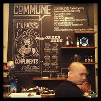 Снимок сделан в Commune пользователем Arnold Cesar R. 7/16/2013