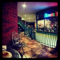 Das Foto wurde bei Romeo's Euro Cafe von Kirk Y. am 1/20/2013 aufgenommen