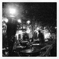Das Foto wurde bei Bacchanal Wine von Daniel D. am 5/12/2013 aufgenommen