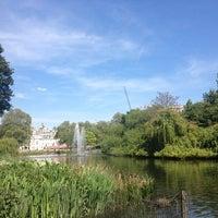 5/26/2013에 Nin L.님이 St James's Park에서 찍은 사진