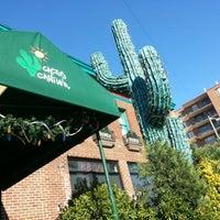 Foto scattata a Cactus Cantina da Alexandra L. il 11/21/2012