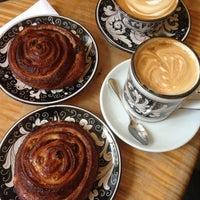 Foto tirada no(a) La Colombe Coffee Roasters por Geoffroy B. em 4/21/2013