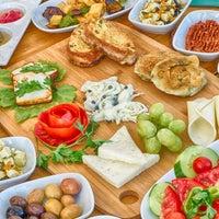 Photo prise au MMK Yeldeğirmeni Restaurant Yalıkavak par MMK Yeldeğirmeni Restaurant Yalıkavak le8/22/2015