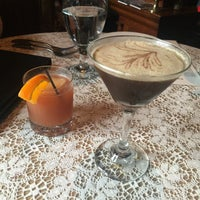 3/26/2016 tarihinde Sara B.ziyaretçi tarafından Lex 18 - Southern Appalachian Restaurant, Moonshine Cocktail Bar &  Jazz Super Club'de çekilen fotoğraf