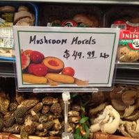 Foto scattata a Brooklyn Harvest Market da marc j. il 6/9/2013