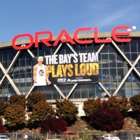Das Foto wurde bei Oakland Arena von Nael M. am 4/28/2013 aufgenommen