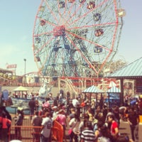5/27/2013にThomas S.がConey Island Beach & Boardwalkで撮った写真