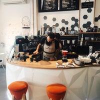 Foto tomada en Coffee Project por Josephine T. el 10/23/2017