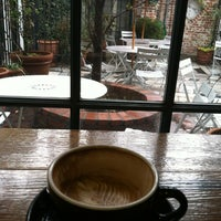 Снимок сделан в Espresso Profeta пользователем Adrienne B. 12/29/2012