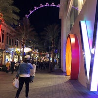 Photo prise au Off The Strip at The LINQ par Robin . le1/27/2020