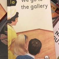 5/17/2018에 STARSKI님이 Rizzoli Bookstore에서 찍은 사진