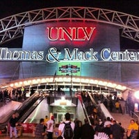 Foto tirada no(a) Thomas & Mack Center por Stellar D. em 10/20/2012