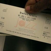 Photo prise au Jazz at Lincoln Center par Sterling S. le4/7/2013