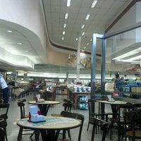 Foto tirada no(a) Sonda Supermercados por Sandra G. em 4/11/2013