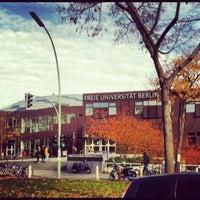 Das Foto wurde bei Freie Universität Berlin von Irina M. am 11/10/2012 aufgenommen