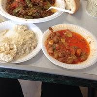 Photo prise au Angora Market par Gina M. le9/16/2014