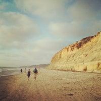 Das Foto wurde bei Torrey Pines State Beach von Ryan H. am 4/27/2013 aufgenommen