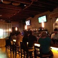 11/12/2012 tarihinde Jr. L.ziyaretçi tarafından Uptown Tavern'de çekilen fotoğraf