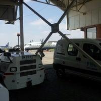 Foto tomada en FBO Aerocardal por Jorge S. el 9/28/2012