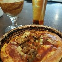 Снимок сделан в Pizza Hut пользователем Maslinda M. 9/6/2016