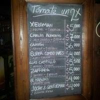 รูปภาพถ่ายที่ Tavarua Public Bar โดย Luis C. เมื่อ 11/21/2012