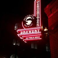12/2/2012にTomek B.がDeschutes Brewery Portland Public Houseで撮った写真