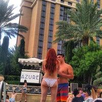 Foto tomada en Azure Luxury Pool (Palazzo) por Austin S. el 8/18/2013