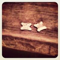 Foto diambil di Cafe Rocks oleh Arosha L. pada 10/13/2012