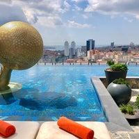 Снимок сделан в Fairmont Quasar Istanbul пользователем Timur G. 9/10/2019