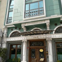 Das Foto wurde bei Germir Palas Hotel,İstanbul von 🕊Sevim Ş. am 4/5/2017 aufgenommen