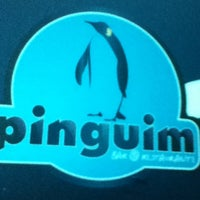 Foto scattata a Pinguim Bar da Ronaldo M. il 12/20/2012