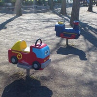 รูปภาพถ่ายที่ 芝公園こども平和公園 โดย shunkit2 @. เมื่อ 1/28/2013