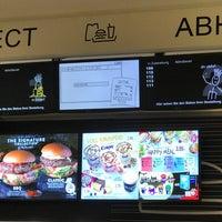 Das Foto wurde bei McDonald's von Michael v. am 3/6/2017 aufgenommen