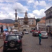 Das Foto wurde bei Centro Histórico de Ouro Preto von Ramón M. am 11/1/2015 aufgenommen