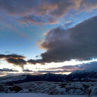Снимок сделан в Jackson Hole Mountain Resort пользователем Balvinder S. 2/19/2013