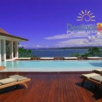 Foto tirada no(a) Casa Colonial Beach & Spa Resort por Destinos R. em 10/2/2015