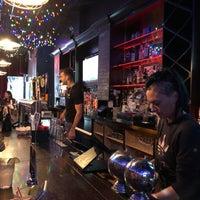 รูปภาพถ่ายที่ The SKINnY Bar & Lounge โดย Matt C. เมื่อ 9/7/2019