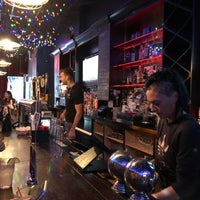Foto tomada en The Skinny Bar & Lounge por Matt C. el 9/7/2019