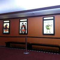 Foto tirada no(a) Cine Roxy por Priscila C. em 1/16/2013