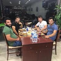 Foto diambil di Bursa İskender Kebapçısı oleh Abuzer B. pada 8/21/2017