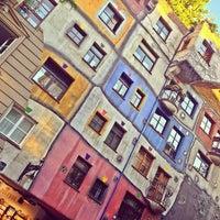 Das Foto wurde bei Hundertwasserhaus von Anton S. am 7/13/2013 aufgenommen