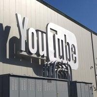 Foto tomada en YouTube Space LA por Augie M. el 6/21/2013