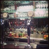 Foto scattata a Stoddard's Fine Food & Ale da Chad O. il 9/28/2013