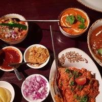Foto diambil di Asha's Contemporary Indian Cuisine oleh Tanh Tanh pada 10/4/2018