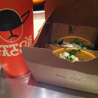 Снимок сделан в Otto's Tacos пользователем Truc N. 11/4/2013