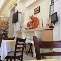 Foto tomada en Restaurante Hnos. Hidalgo Carrion por Alejandro O. el 10/13/2012