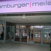 Das Foto wurde bei Hamburger Meile von Evren S. am 4/9/2013 aufgenommen