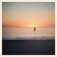 Photo prise au Hermosa Beach - The Strand par J. Prentice P. le10/29/2012