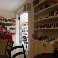 Foto tirada no(a) Chocolates Munik - Loja de Fábrica por Dayane I. em 11/8/2016